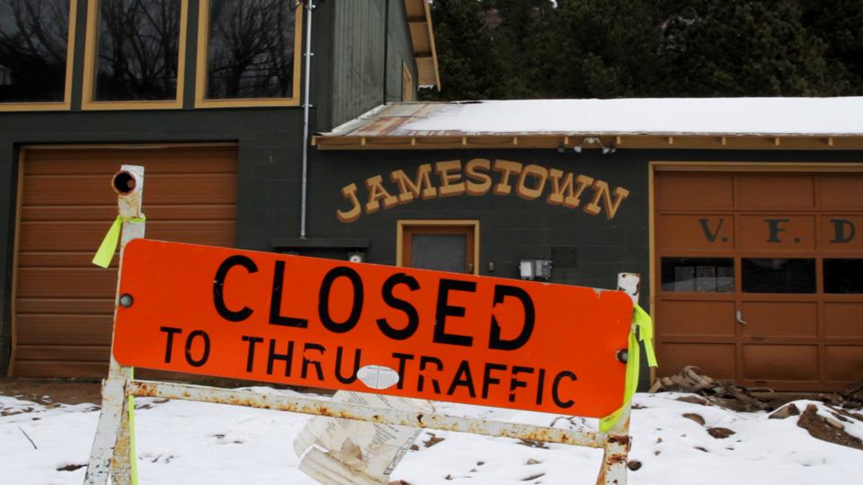 Jamestown Closed To Thru Traffic Sign
